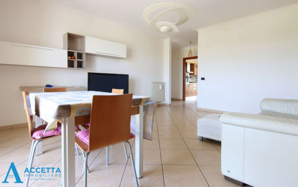 Appartamento in vendita a Taranto, Rione Laghi - Taranto 2, Con giardino, 130 mq - Foto 17