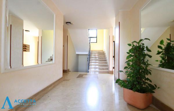 Appartamento in vendita a Taranto, Rione Laghi - Taranto 2, Con giardino, 130 mq - Foto 4