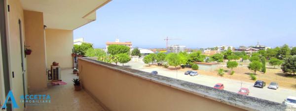 Appartamento in vendita a Taranto, Rione Laghi - Taranto 2, Con giardino, 130 mq - Foto 16