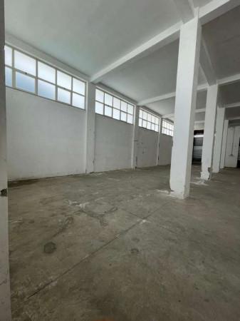 Capannone in affitto a Cercola, Centrale, 300 mq
