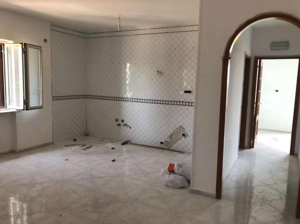Appartamento in affitto a Sant'Anastasia, Semi-centrale, 90 mq