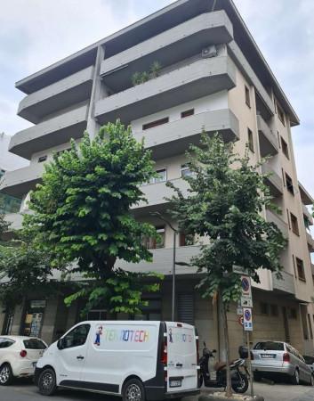 Appartamento in vendita a Chiavari, Centro, 150 mq