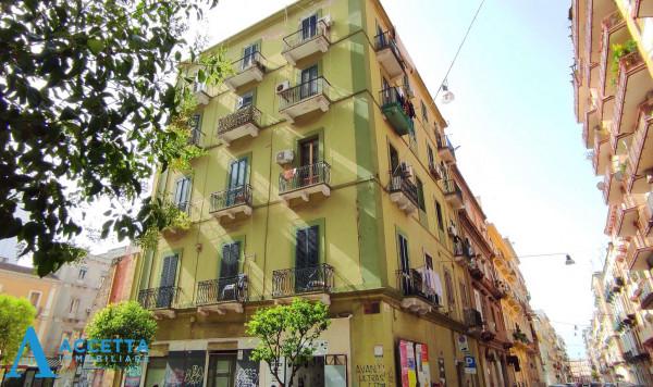 Appartamento in vendita a Taranto, Borgo, 80 mq