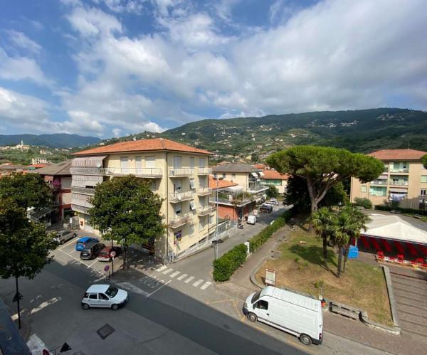 Appartamento in vendita a Cogorno, Centro, 106 mq - Foto 1