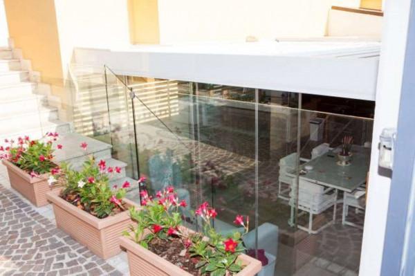 Villetta a schiera in vendita a Sant'Anastasia, Centrale, Con giardino, 200 mq - Foto 3