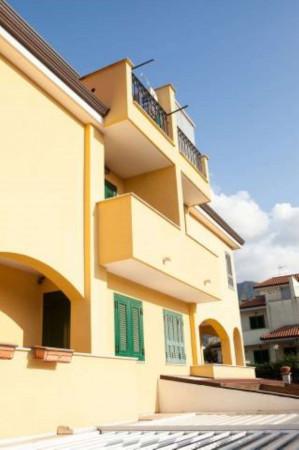 Villetta a schiera in vendita a Sant'Anastasia, Centrale, Con giardino, 200 mq - Foto 4