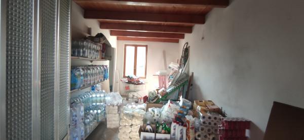 Cessione di locale commerciale  a Asti, Montemarzo, 85 mq - Foto 2
