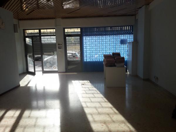 Locale Commerciale  in vendita a Spoleto, Centro, 65 mq - Foto 7