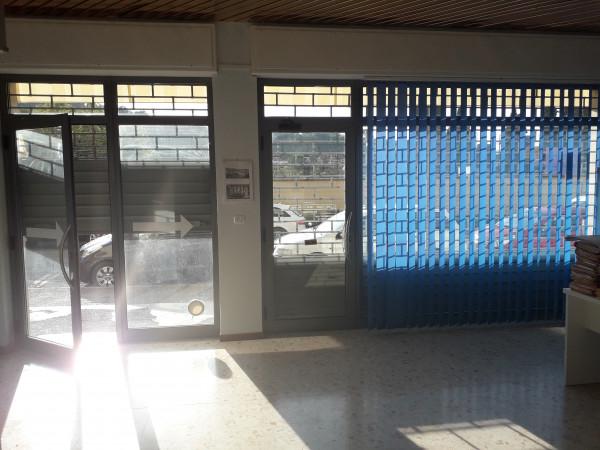 Locale Commerciale  in vendita a Spoleto, Centro, 65 mq - Foto 9