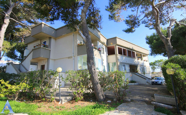 Appartamento in vendita a Taranto, Lama, Con giardino, 130 mq