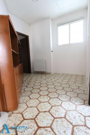 Appartamento in vendita a Taranto, Lama, Con giardino, 130 mq - Foto 7
