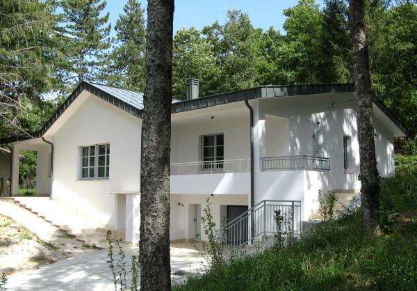 Villa in vendita a Sant'Eufemia a Maiella, Centro, Con giardino, 300 mq - Foto 1