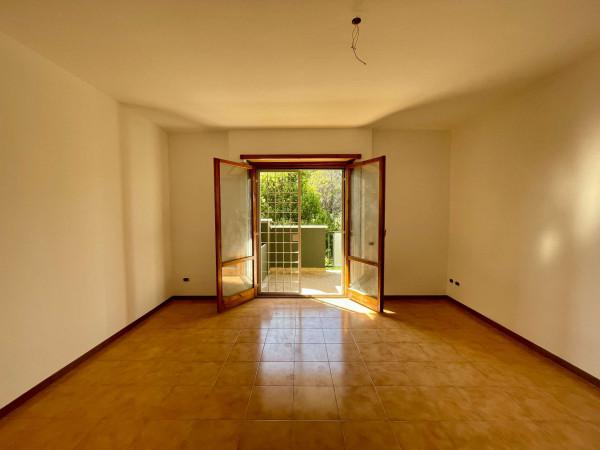 Appartamento in vendita a Roma, Dragoncello, Con giardino, 70 mq