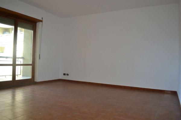 Appartamento in vendita a Roma, Torrino, Con giardino, 100 mq