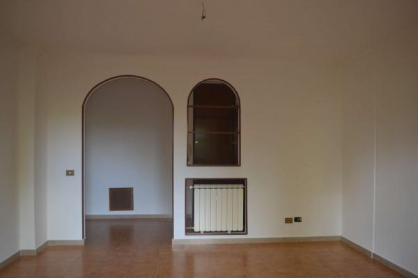 Appartamento in vendita a Roma, Acilia, Con giardino, 70 mq