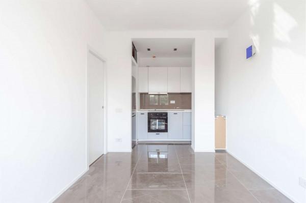 Appartamento in vendita a Milano, Vigentino, 50 mq