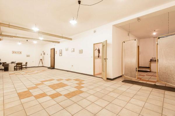 Locale Commerciale  in vendita a Milano, Fiera, 100 mq - Foto 7