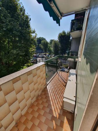 Appartamento in vendita a Corsico, Con giardino, 71 mq