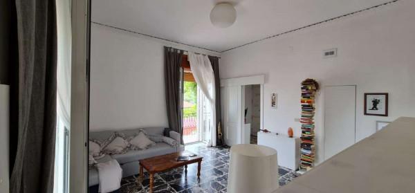 Appartamento in affitto a Sant'Anastasia, Centrale, Arredato, 70 mq
