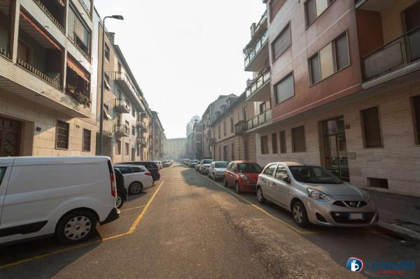 Appartamento in vendita a Milano, De Angeli, 65 mq - Foto 6