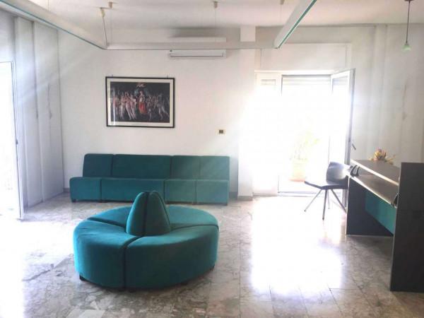 Ufficio in affitto a Sant'Anastasia, Centrale, 120 mq
