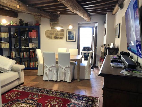 Appartamento in vendita a Perugia, Civitella Benazzone, 265 mq