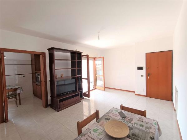 Appartamento in vendita a Roma, Acilia, Con giardino, 90 mq