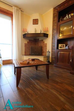 Appartamento in vendita a Taranto, Rione Laghi - Taranto 2, Con giardino, 118 mq - Foto 24