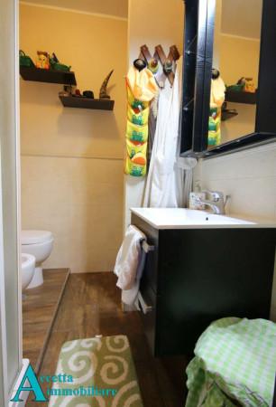 Appartamento in vendita a Taranto, Rione Laghi - Taranto 2, Con giardino, 118 mq - Foto 8