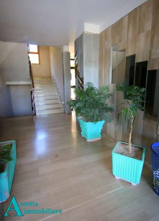 Appartamento in vendita a Taranto, Rione Laghi - Taranto 2, Con giardino, 118 mq - Foto 4