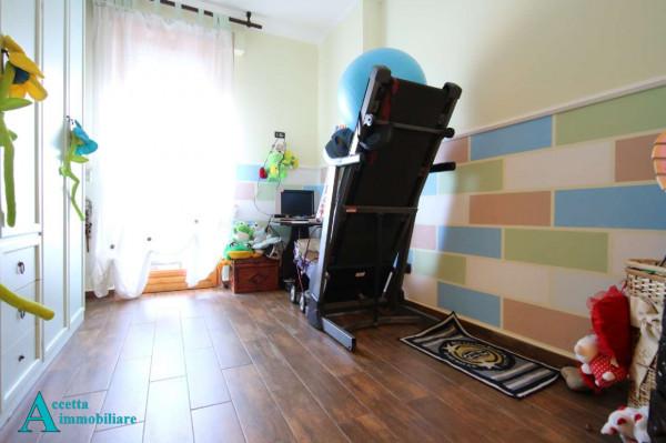 Appartamento in vendita a Taranto, Rione Laghi - Taranto 2, Con giardino, 118 mq - Foto 10
