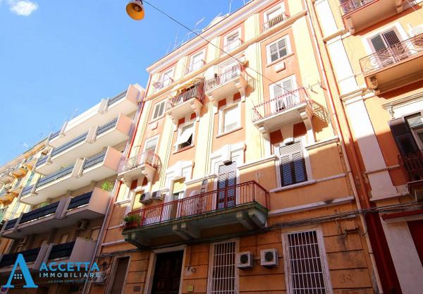 Appartamento in vendita a Taranto, Tre Carrare - Battisti, 91 mq