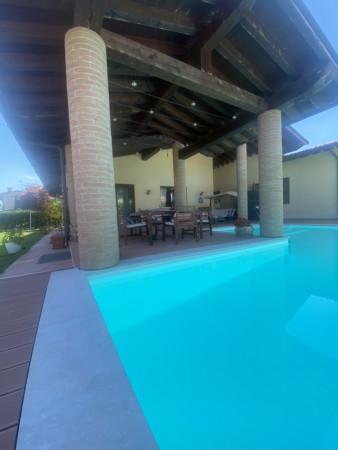 Casa indipendente in vendita a Castel Mella, Castel Mella, Con giardino, 300 mq