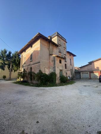 Casa indipendente in vendita a Roncadelle, Roncadelle, 300 mq